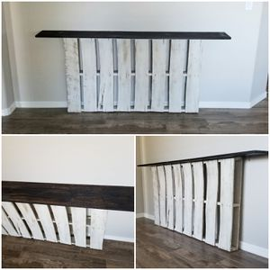 Farmhouse Pallet Console Table for Sale in Peoria, AZ