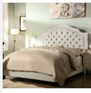 King sized panel bed frame only for Sale in Opa-locka, FL
