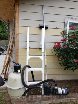 Sand filter letter water pump for pool for Sale in San Antonio, TX