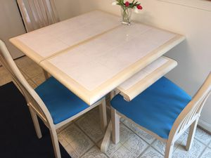 Kitchen table for Sale in VA, US