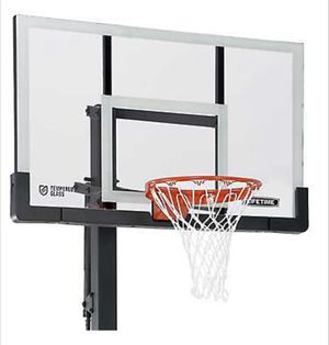 2 LIFETIME COMPLETE BOLT DOWN BASKETBALL HOOP for Sale in Miami, FL
