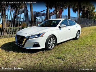 2019 Nissan Altima for Sale in Miami,  FL