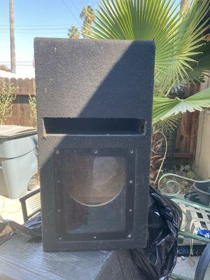 BAND PASS BOX for subwoofer 🔊 10 en buen estado for Sale in Irwindale, CA