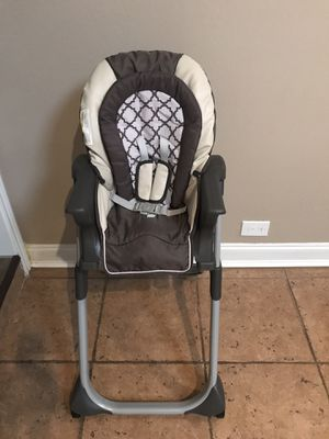 Graco Highchair - Infant/Toddler Feeding Booster Seat for Sale in Coppell, TX