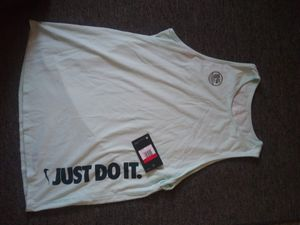 Large womens nike tank top for Sale in Cudahy, WI