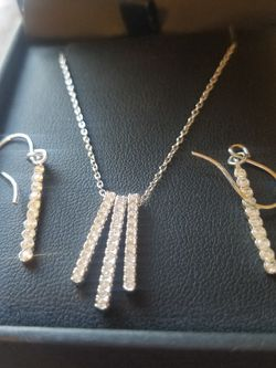 Crystals In Sterling Silver Set 18 In Independent swinging Sparkles for Sale in Yakima,  WA
