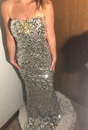 Sparkly prom dress for Sale in Columbus, OH