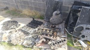 Infiniti/350z parts for Sale in Las Vegas, NV