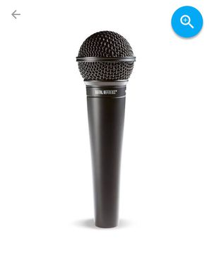 *LIKE NEW* Microphone with Cord Connector for Sale in Canton, OH
