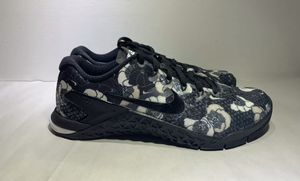 WMNS NIKE METCON 4 XD PRM for Sale in San Diego, CA