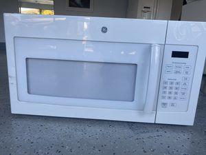 GE microwave for Sale in Perris, CA