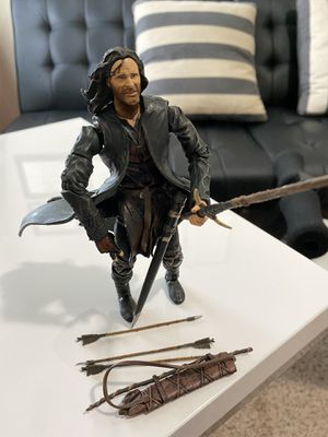 "2002 Lord of the Rings Aragorn Action Figure LOTR collectable 6.5"" for Sale in Fayetteville, NC"