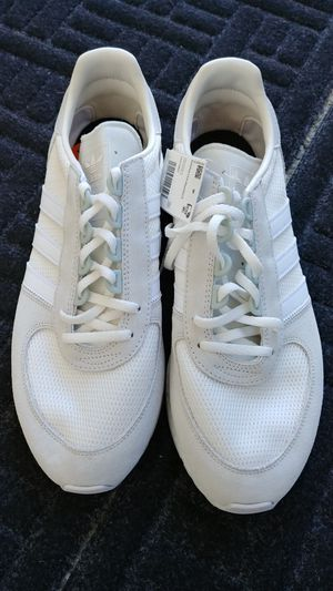 Adidas Originals Men's Triple White Boost Running Walking Sneakers Shoes for Sale in Kent, WA
