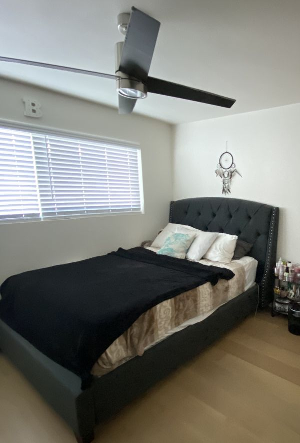 queen bed with mattress !
