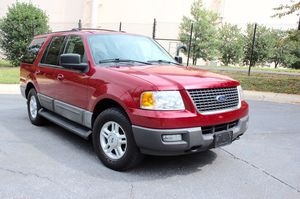 2004 FORD EXPEDITION V8/4WD / Fits 9 people/ Great for a family or work truck for Sale in Rockville, MD