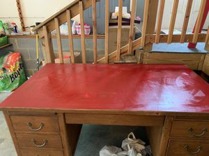 Solid Wood Desk 3 1/2 ft long and 2 1/2 wide for Sale in Palmyra, VA