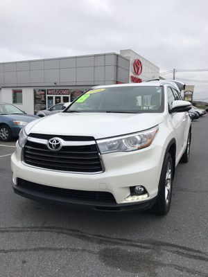 2014 - 2019 Toyota Highlander PARTS ONLY for Sale in New Cumberland, PA