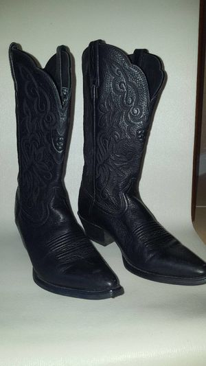 Ariat Women's Size 5.5 Leather Black Boots for Sale in Saint Petersburg, FL