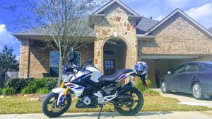Motorcycle BMW G310R - very low milage for Sale in Richmond, TX