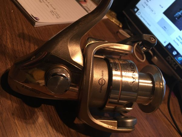 On hold for lien Nguyen Shimano Sedona 6000FB fishing reel