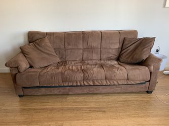 Brown suede pull out couch for Sale in Oakland,  CA