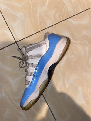 USED JORDAN 11 SIZE 7 for Sale in Brooklyn, NY