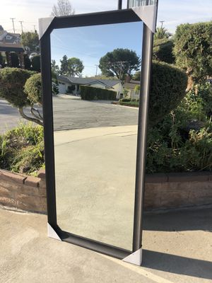 """Home House Reflective Big Wall Mirror """"New"""" (price firm) for Sale in Montebello, CA"""