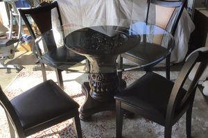 Dining room table and four chairs for Sale in Tacoma, WA