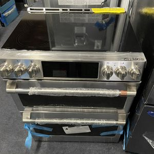 Brand New GE Cafe Slide In Electric Range Double Oven Stainless Steel -6 Months Warranty for Sale in Baltimore, MD