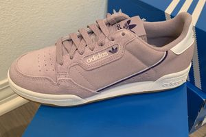 Adidas Woman's continental 80s / size 6 , 6.5, 7 , 8, 8.5 for Sale in Ontario, CA