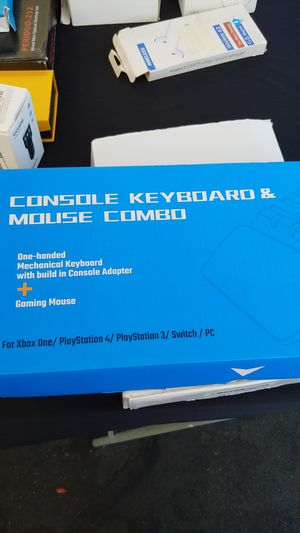IFYOO. KMAX1. CONSOLE. KEYBOARD &MOUSE for Sale in Buena Park, CA