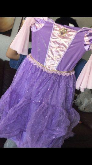 Costume rapunzel for Sale in Phoenix, AZ