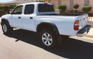 CLEAN INTERIOR TOYOTA 2003 TACOMA for Sale in Baltimore, MD