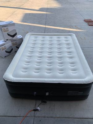 """NEW $50 each AirExpect air queen size mattress 660 lbs capacity inflate deflate under 5 minutes includes carrying bag 19"""" tall inflatable bed with bu for Sale in Los Angeles, CA"""