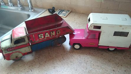 Louis Marc & Co pink Tonka truck camper. for Sale in Portland,  OR