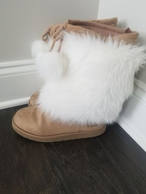 THE GAP GIRLS BOOTS- SIZE 2 for Sale in Atlanta, GA