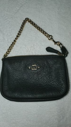 Authentic coach wristlet for Sale in Lombard, IL