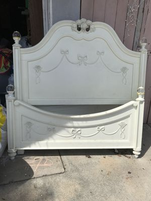 Full size bedroom set (Disney collection) for Sale in Anaheim, CA