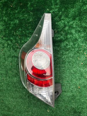 2012-2013-2014 TOYOTA PRIUS C TAIL LIGHT LEFT DRIVER SIDE OEM USED for Sale in Gardena, CA