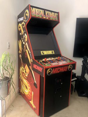 Mortal Kombat Arcade for Sale in Miami Beach, FL