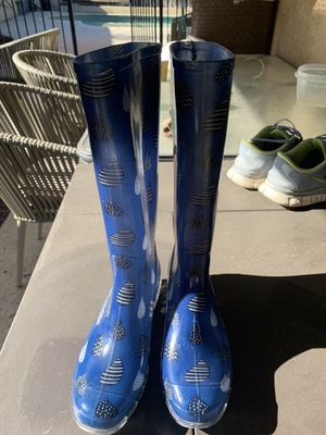 Raining Toms boots new for Sale in Riverside, CA