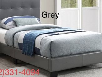 ⭐New Twin Tufted Upholstered Bed w/New Mattress Included ⭐ for Sale in Clovis,  CA