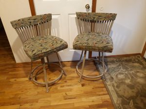 TWO BARSTOOLS SWIVEL CHAIR'S VERY COMFORTABLE STRONG for Sale in Bellevue, WA