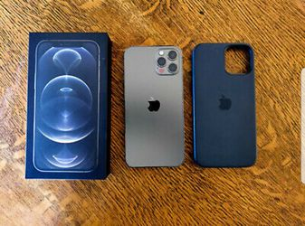 IPhone 12 pro for Sale in Tuscola, TX