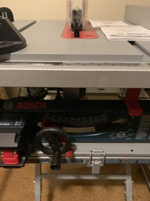 Bosch 10 inch brand new,never used table saw outfit for Sale in Newark, NJ