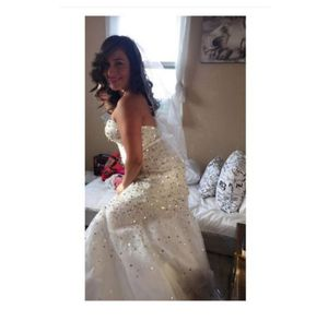 Wedding Dress Size 4 for Sale in Moreno Valley, CA