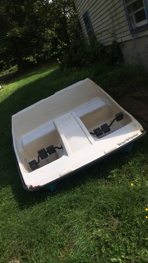 Paddle Boat/Pedal Boat - 4 Person Water Wheeler for Sale in Ashford, CT