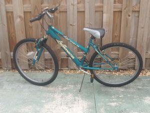 Roadmaster mountain bike for Sale in LAKE CLARKE, FL