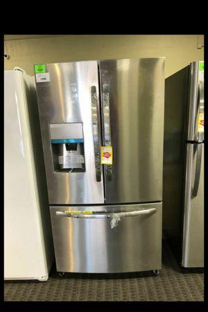 Frigidaire FFHD2250TS!!!! Refrigerator! Must sell!!!🌹🙏🙏👍👍😎😎🙏🙏🌹🌹🌹🙏 for Sale in Dallas, TX