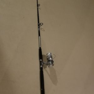 Fishing pole 7ft for Sale in Elgin, IL
